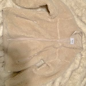 Aritzia teddy jacket like new